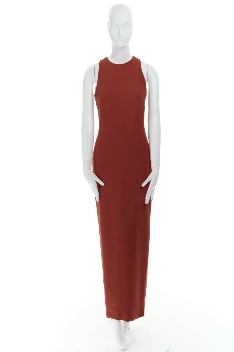 GIANNI VERSACE red round neck sleevelses minimal back vent maxi gown dress IT40 In Excellent Condition For Sale In Hong Kong, NT