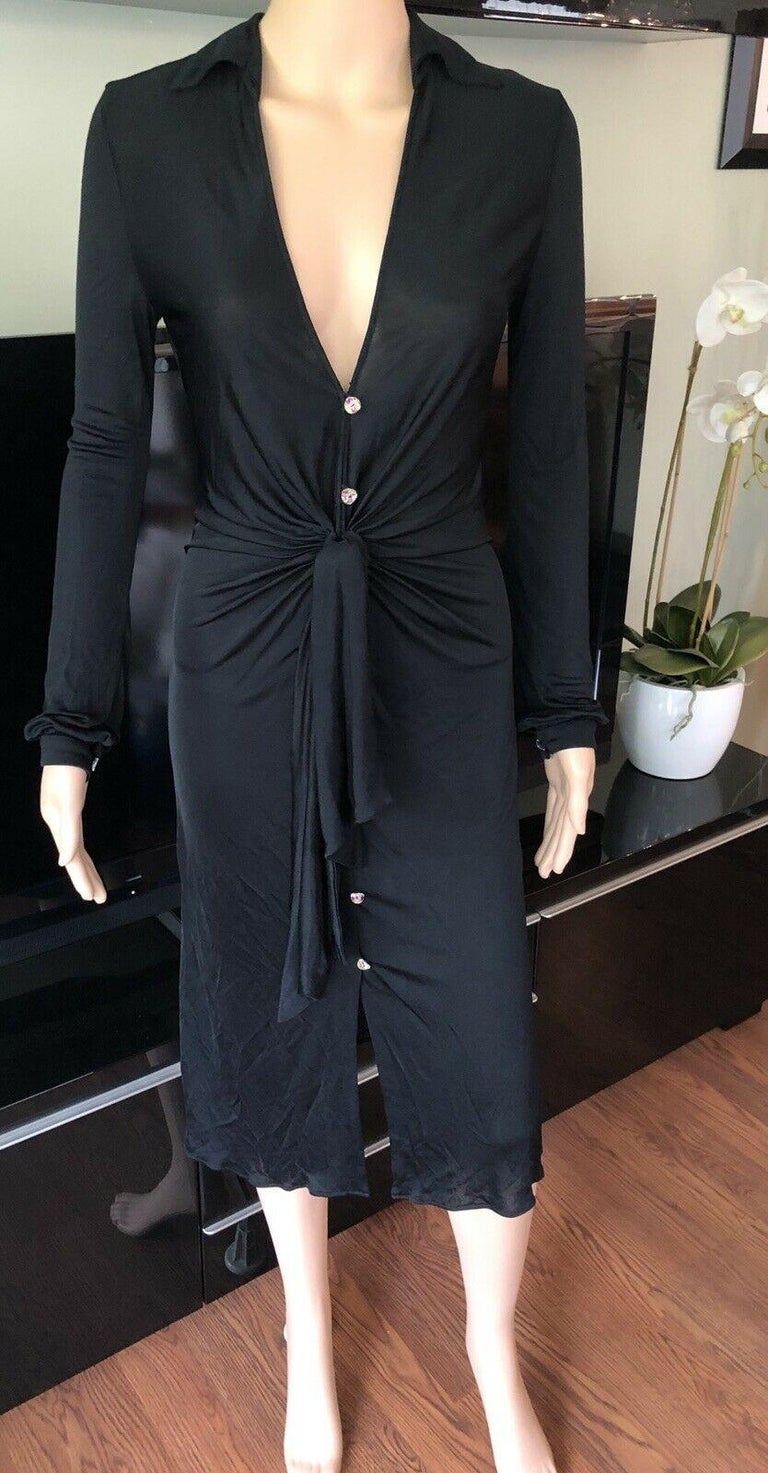 Gianni Versace S/S 2000 Runway Vintage Plunging Neckline Black Dress  In Good Condition For Sale In Totowa, NJ