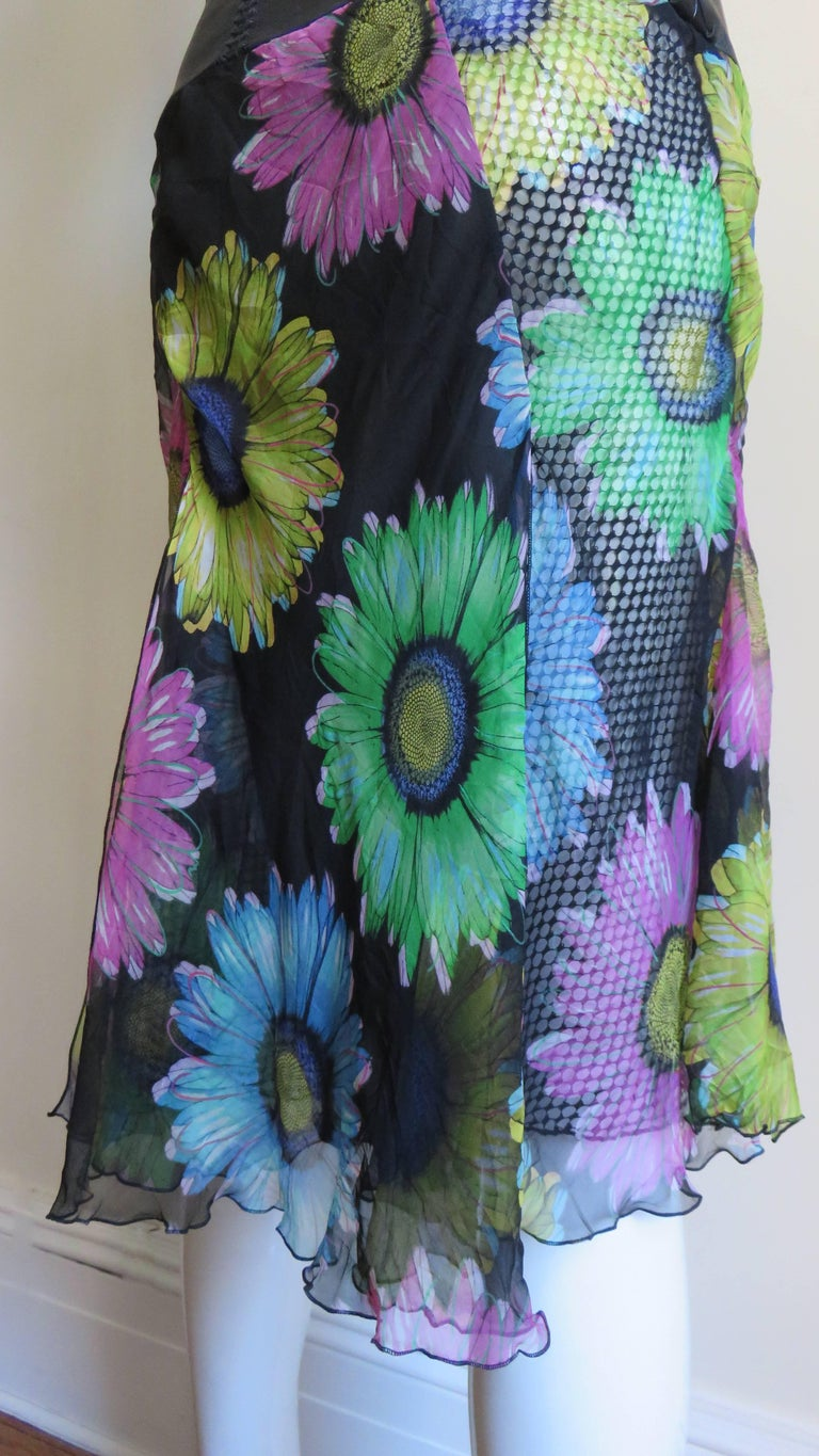 Gianni Versace Silk and Leather Skirt 1990s For Sale 8
