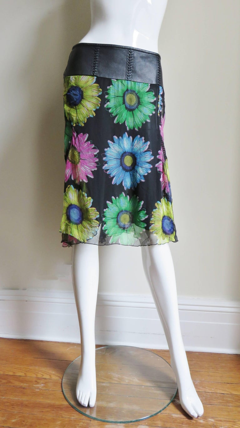 Gianni Versace Silk and Leather Skirt 1990s For Sale 1