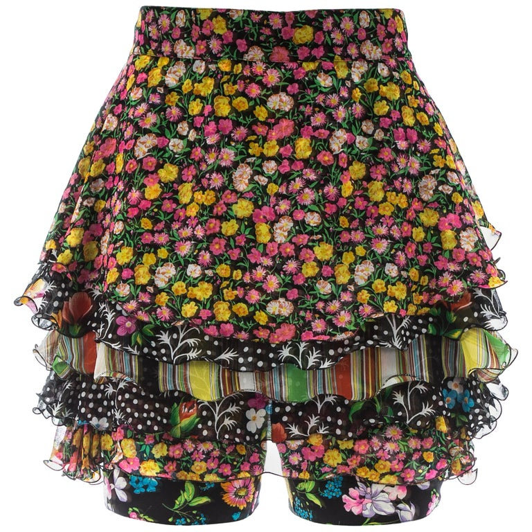 550f3cea87 Gianni Versace silk floral printed ruffled skirt - shorts, S/S 1993 For Sale