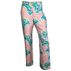 Gianni Versace Spring/Summer 1999 Runway pink floral pants.