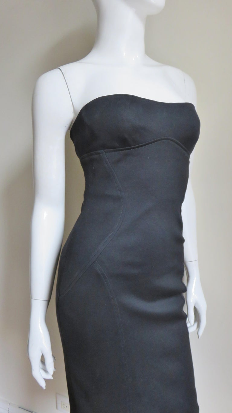 Gianni Versace Strapless Lace Up Back Dress For Sale 3