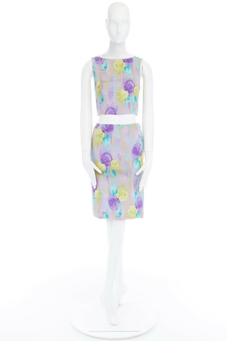 GIANNI VERSACE Vintage 1990s abstract floral print chain trim crop top skirt XS In Excellent Condition For Sale In Hong Kong, NT