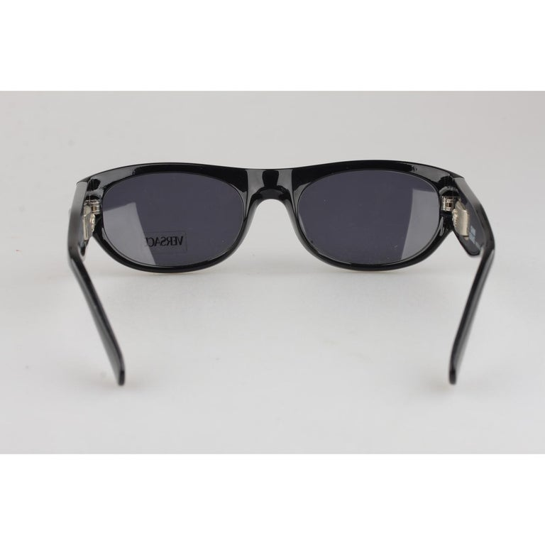 6edd6cf6cd866 Gianni Versace Vintage Black Sunglasses Mod 474A Col 852 New Old Stock For  Sale 1