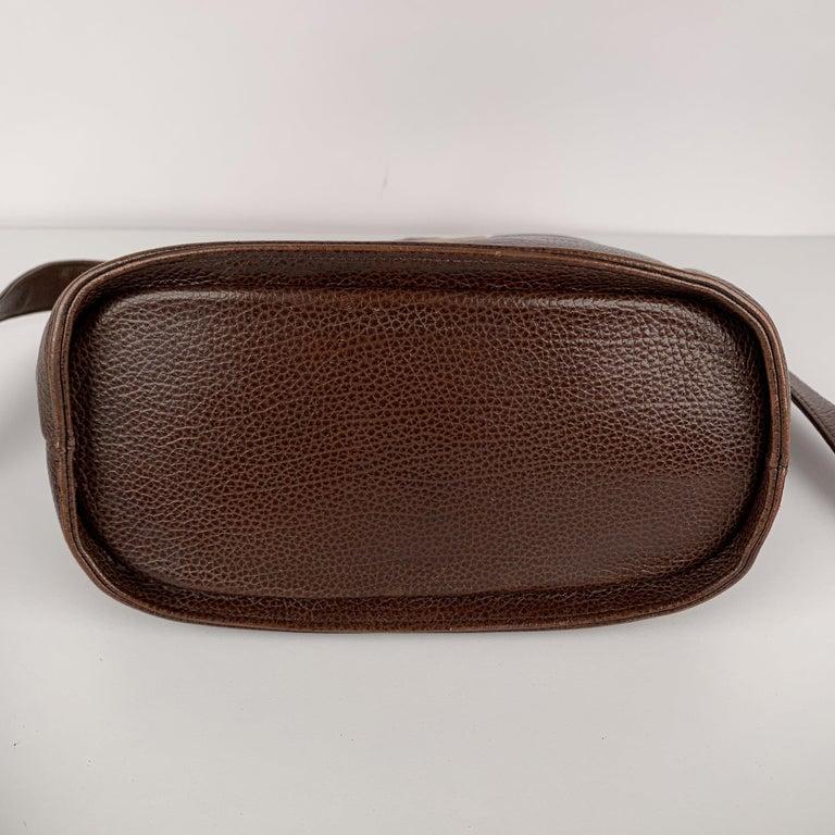 Gianni Versace Vintage Brown Leather Medusa Bucket Shoulder Bag For Sale 4