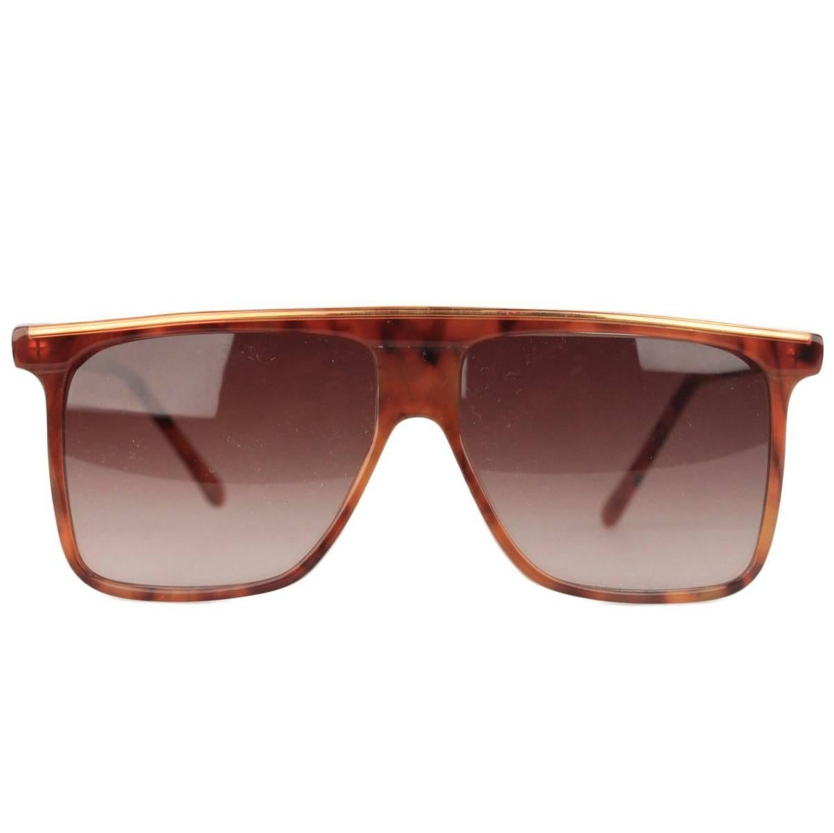 19c01623545c9 Gianni Versace Sunglasses Mod T74 C Col 869 Rh For Sale at 1stdibs