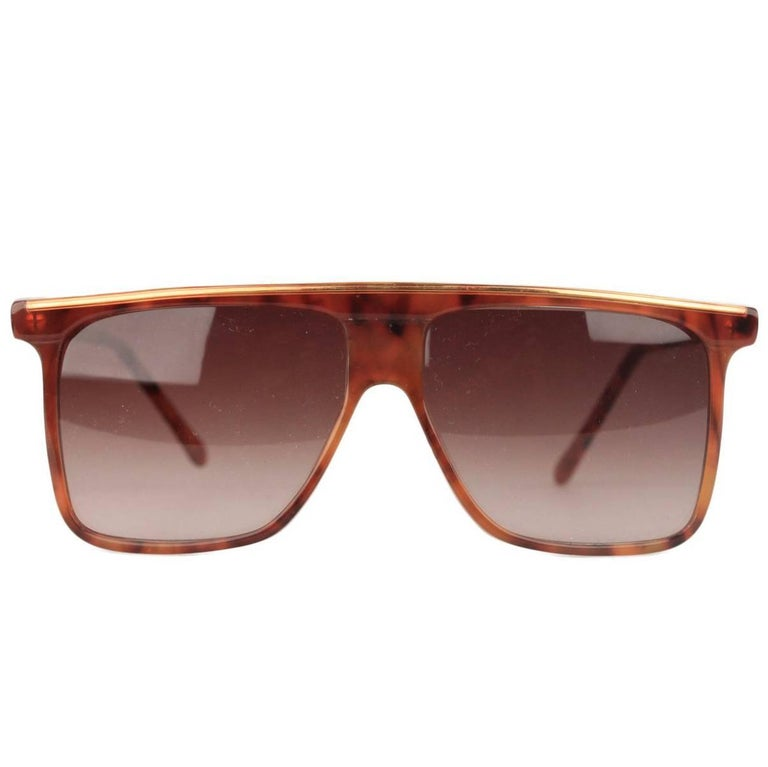 f425fb472b GIANNI VERSACE Vintage Brown Square Sunglasses 418 54-14mm NOS For Sale