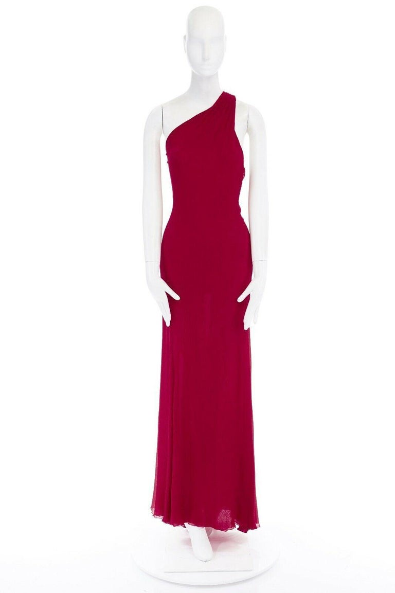 GIANNI VERSACE Vintage red crinkle silk twist strap open back gown dress IT40 S  GIANNI VERSACE 100% silk . Red . One shoulder . Twisted strap across back . Open back . Side zip closure . Evening gown . Made in Italy  CONDITION Excellent, no flaws