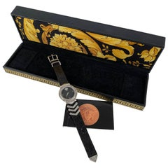 Gianni Versace Vintage White Gold Plated Medusa Watch with Box