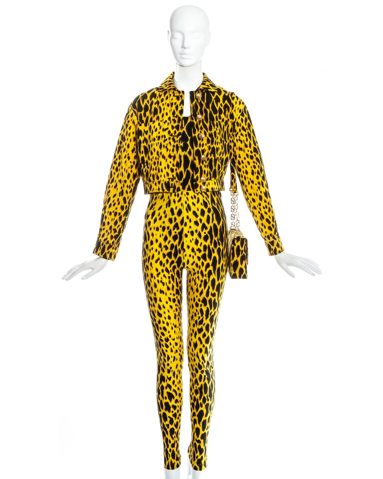 Gianni Versace yellow leopard print four piece ensemble, ss 1992 In Excellent Condition In London, GB