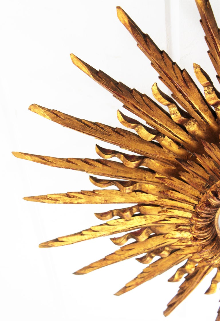 Giant 1930s Baroque Gold Leaf Giltwood Sunburst Ceiling Light Fixture or Mirror For Sale 10
