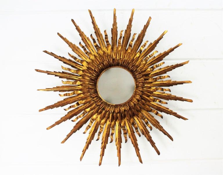 Spanish Giant 1930s Baroque Gold Leaf Giltwood Sunburst Ceiling Light Fixture or Mirror For Sale