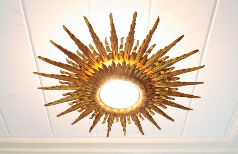 Giant 1930s Baroque Gold Leaf Giltwood Sunburst Ceiling Light Fixture or Mirror For Sale 2