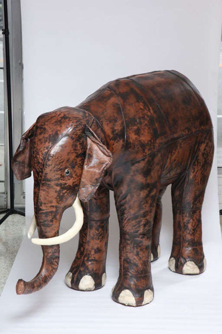 Giant Abercrombie and Fitch Leather Elephant Bar In Good Condition For Sale In West Palm Beach, FL