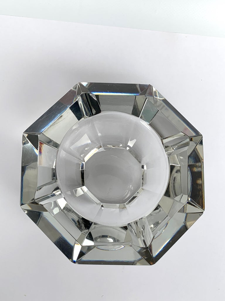 Italian Giant Flavio Poli Bowl in Faceted Murano Glass in the Shape of a Diamond, Italy For Sale