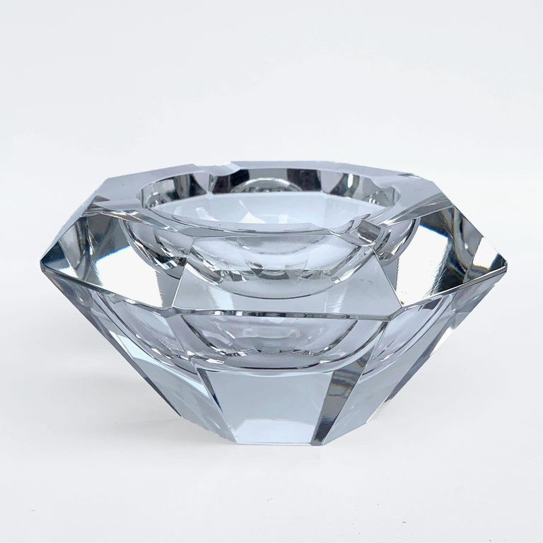 Giant Flavio Poli Bowl in Faceted Murano Glass in the Shape of a Diamond, Italy For Sale 1