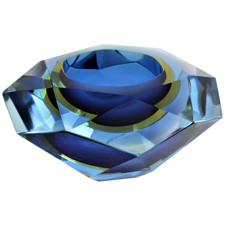 Italian Flavio Poli Murano Cobalt Blue and Yellow Sommerso Faceted Giant Art Glass Bowl For Sale