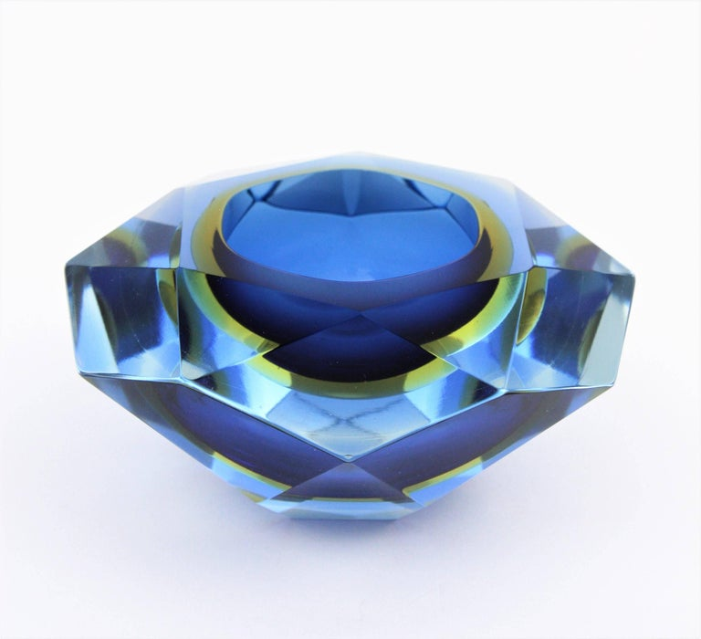 Flavio Poli Murano Cobalt Blue and Yellow Sommerso Faceted Giant Art Glass Bowl For Sale 2