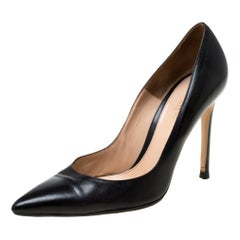 Gianvito Rossi Black Leather Pointed Toe Pumps Size 37.5