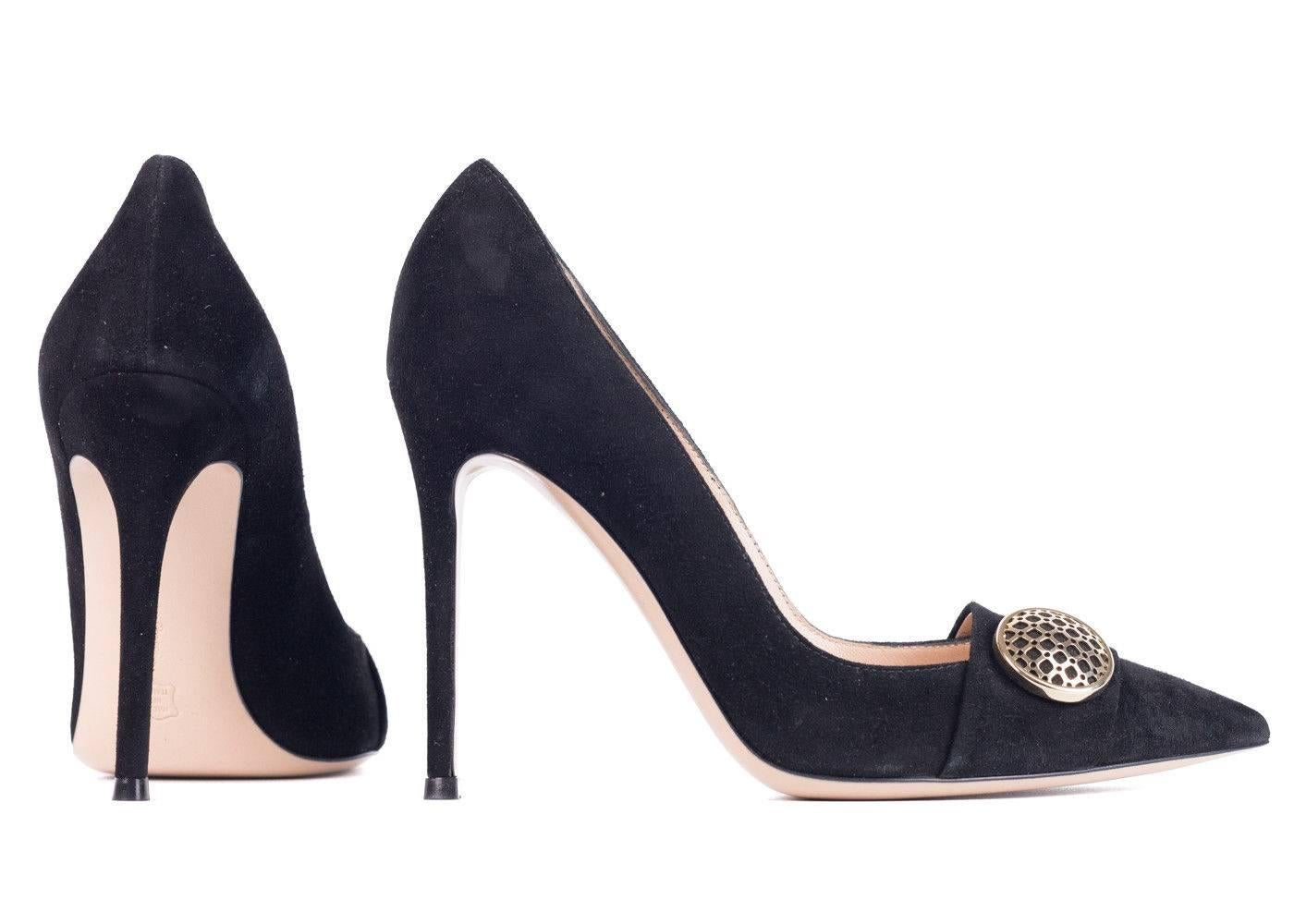 quality free shipping outlet sale looking for Gianvito Rossi Suede Point-Toe Pumps outlet wide range of for sale cheap real Cheapest sale online rZBr4eIaHC