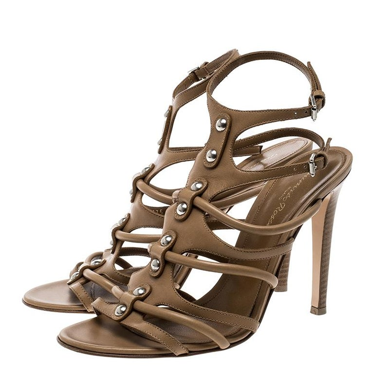 6a8e2d62646 Gianvito Rossi Brown Leather Strappy Sandals Size 39 For Sale at 1stdibs