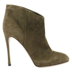 GIANVITO ROSSI green suede almond toe high heel ankle boot EU38.5