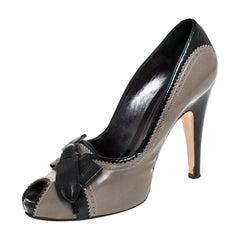 Gianvito Rossi Grey/Black Leather Bow Peep Toe Platform Pumps Size 40