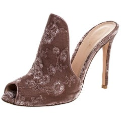 Gianvito Rossi Nude Beige Floral Embroidered Velvet High Vamp Sandals Size 39