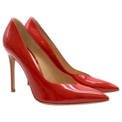 Gianvito Rossi Red Patent Leather V-Cut Pump SIZE 39