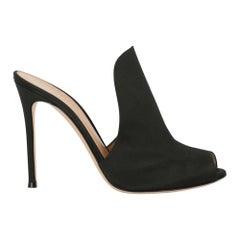 Gianvito Rossi Woman Mules Black Fabric IT 39.5