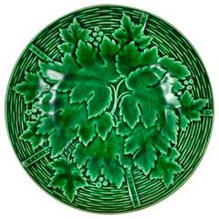 Gien French Faïence Majolica Glazed Green Leaf on Wicker Basket Plate