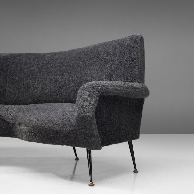 Lacquered Gigi Radice for Minotti Curved Sofa in Grey Upholstery For Sale