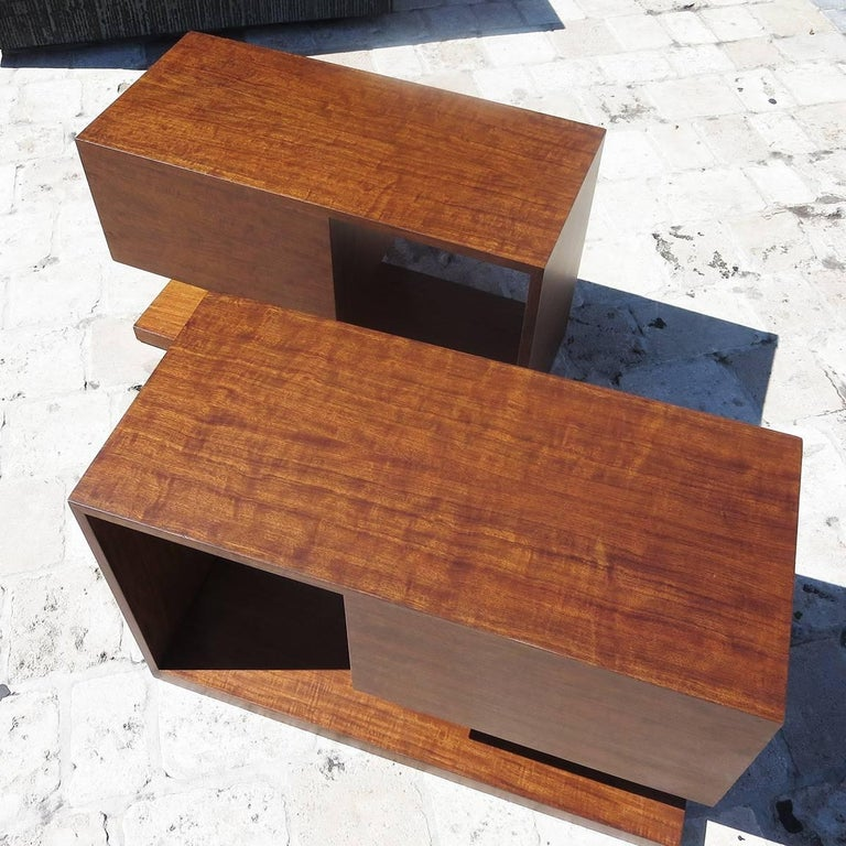 Lacquered Gilbert Rohde / Herman Miller Refinished 1939 Art Deco End Tables For Sale