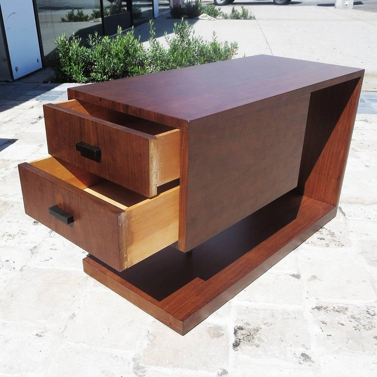 Gilbert Rohde / Herman Miller Refinished 1939 Art Deco End Tables In Excellent Condition For Sale In Los Angeles, CA