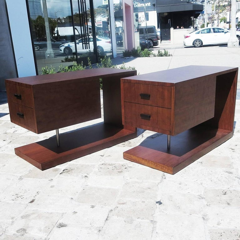 Mid-20th Century Gilbert Rohde / Herman Miller Refinished 1939 Art Deco End Tables For Sale
