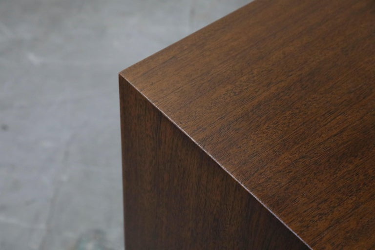 Gilbert Rohde for Herman Miller 'Paldao' Burl Dresser Cabinet, 1940s, Signed For Sale 7