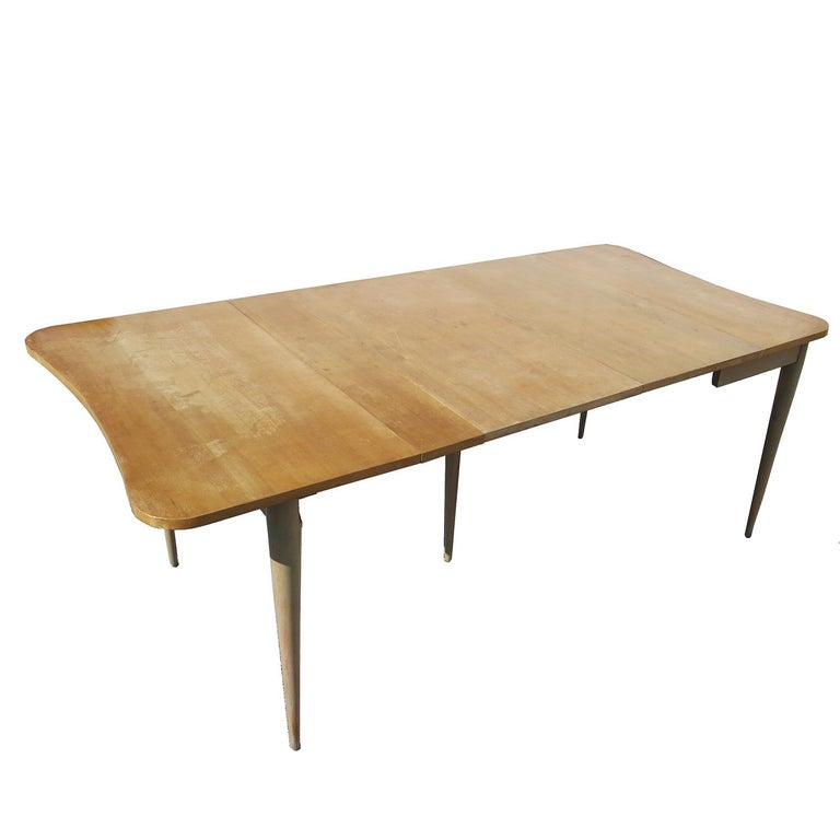 Introduced in the Herman Miller catalog of 1940, the #4166 table was part of Rohde's