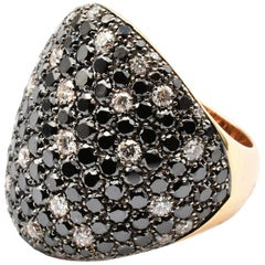 Gilberto Cassola Black and White Diamonds Rose Gold Ring Made in Italy