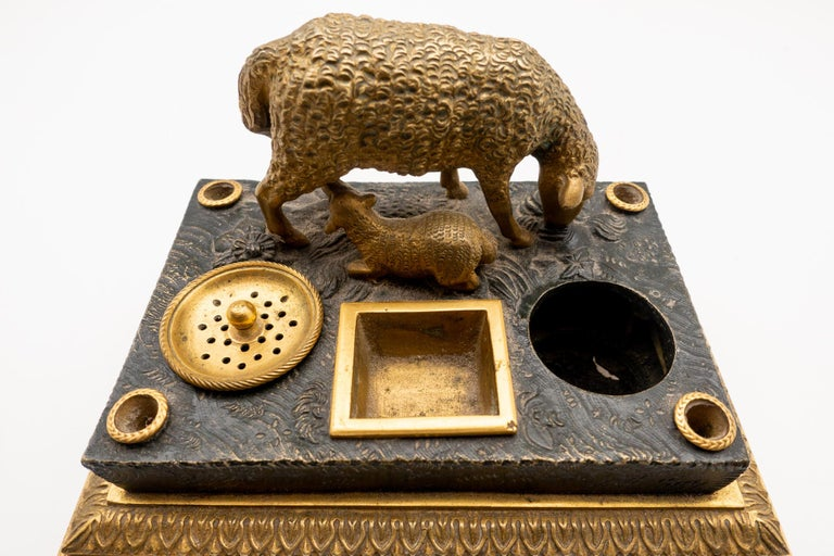 Gilded Bronze French Inkwell of and Sheep and Its Lamb, Early 19th Century For Sale 3