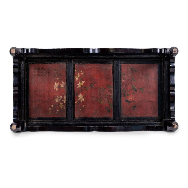 Gilded Chinese Style Black Lacquer Coffee Table For Sale 2