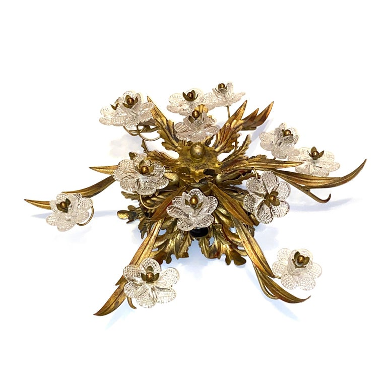 Gilded Leaf and Murano Glass Tole Hollywood Regency Flushmount Banci, Italy In Good Condition For Sale In Nürnberg, DE