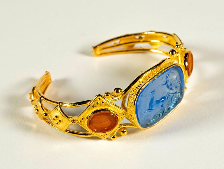 Gilded Silver Bracelet Blue Orange Glass Paste Cameo Etruscan Jewelery Style In New Condition For Sale In Rome, IT