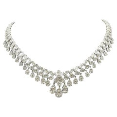 GILIN 18 Karat 29.92 Carat White Gold, Classic White Diamond Necklace