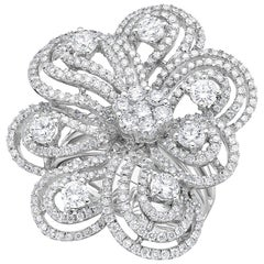 Gilin, Blossom Floral 18 Karat White 2.74 Carat Cocktail Diamond Ring