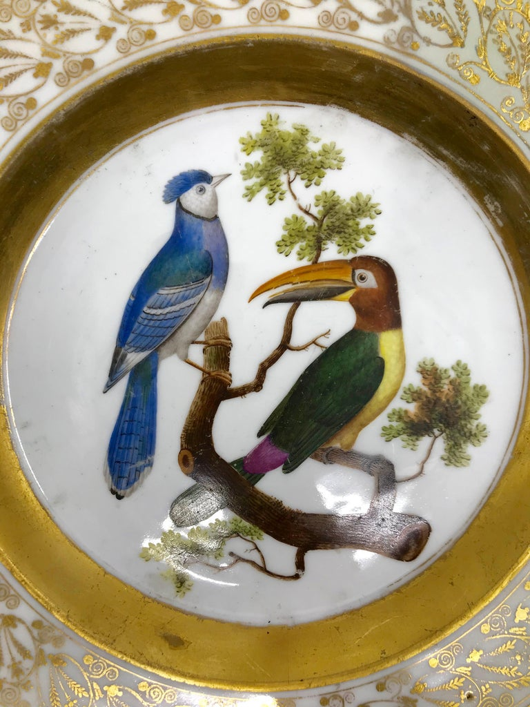 Gilt and Painted Neoclassical French Empire Bird Plate In Good Condition For Sale In New York, NY