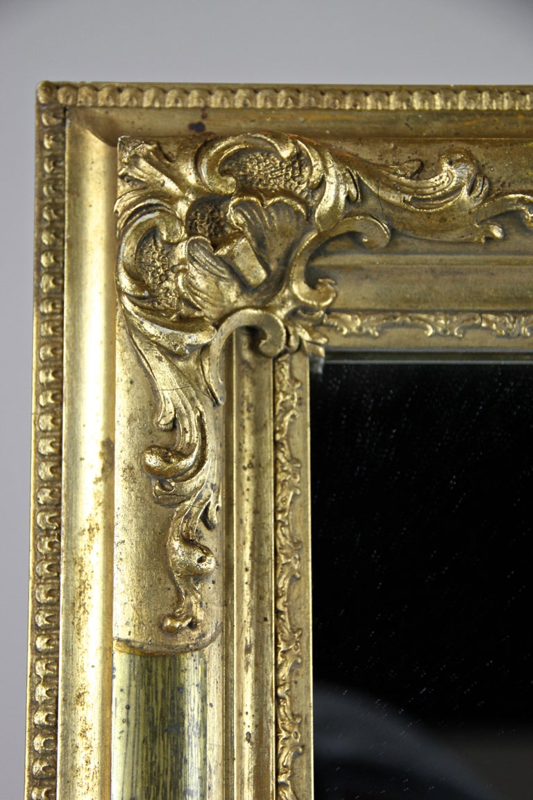 Gilt Biedermeier Wall Mirror, Austria, circa 1850 In Good Condition For Sale In Linz , AT