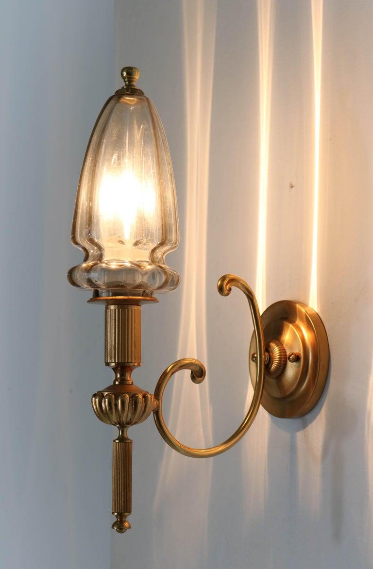 Italian Gilt Brass Hollywood Regency Wall Light or Sconce by Gaetano Sciolari, 1970s For Sale