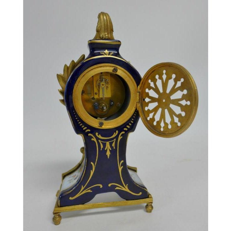 Gilt Bronze Mounted Porcelain Clock In Good Condition For Sale In Norwood, NJ