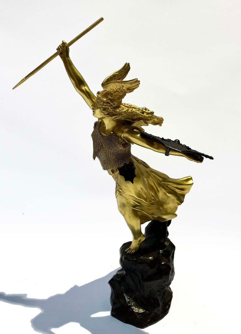 Gilt bronze valquiria sculpture signed Jean Baptiste Belloc (1863 - 1919), Colin Foundry. France, circa 1900.